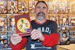 Writer pens book on Penetanguishene hockey legends