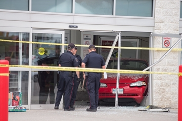 Car rams into Costco in London, Ont., 6 hurt-Image1