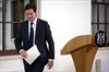 UK Treasury chief appeals for calm as companies eye move-Image21