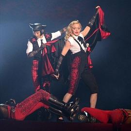 Giorgio Armani hits back at Madonna-Image1