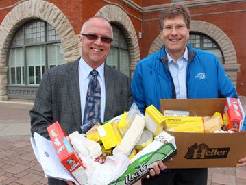 Simcoe County politicians challenged to Eat the Math