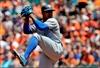 Wieters keys 19-hit attack as Orioles beat Blue Jays 11-6-Image1