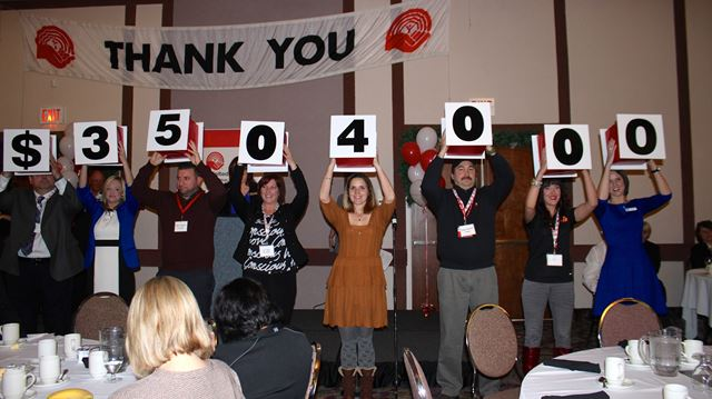 Members of the media, including Kingston Heritage editor Hollie Pratt-Campbell, helped reveal the total amount raised by the United Way in this year's campaign.