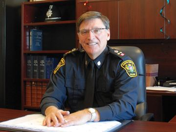 Mayor questions need to hire new deputy chief