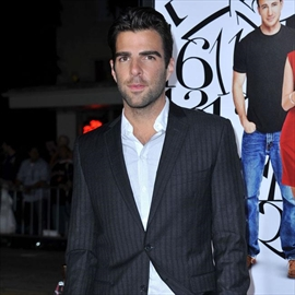 Zachary Quinto spoke at funeral-Image1