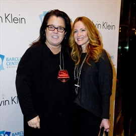Rosie O'Donnell's ex-wife filing for full child custody-Image1