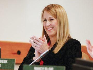 Loralea Carruthers
