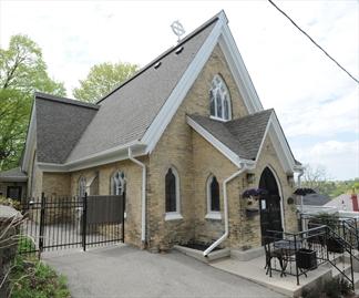 Converted Church On Cambridge Heritage Tour