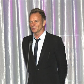 Sting reveals tips to avoid selfies-Image1