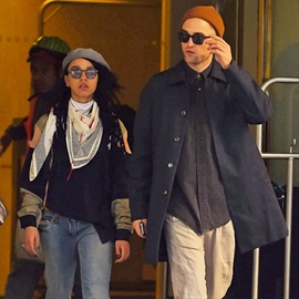Robert Pattinson and FKA twigs have 'drifted'-Image1
