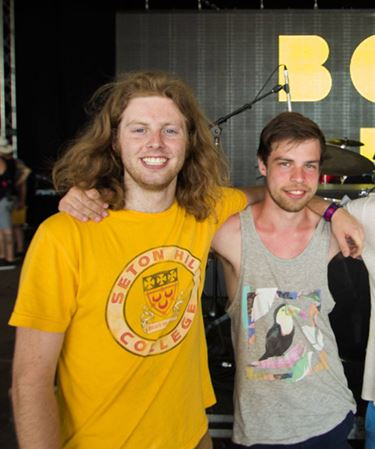 'Incredible vibe' created connections at WayHome Festival, Barrie singer says