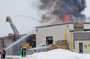 Bradford blaze engulfs industrial building