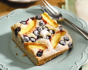 Nectarine blueberry slice a tasty way to start the day– Image 1