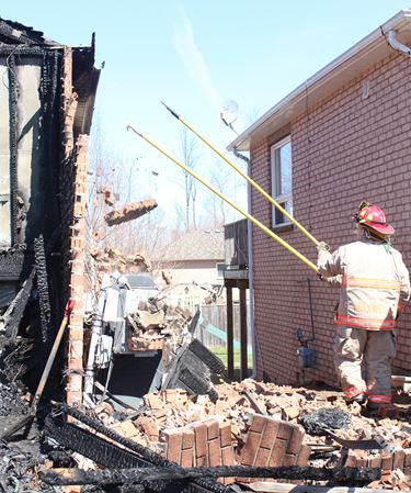 Fire guts Wasaga Beach home