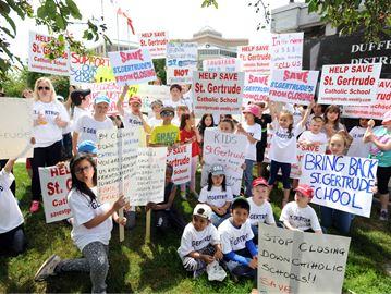 School Close Protest