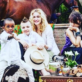 Madonna misses 'innocent' family times-Image1
