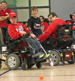 Local media and sports celebrities headed to Algonquin College on April 6 to take part in an exhibition game hosted by the Ottawa Power Wheelchair Hockey League. Players from the Carleton Ravens and Canadian Paralympic medalists joined the local personalities, who used manual wheelchairs as they faced offagainst OPWHL players.
