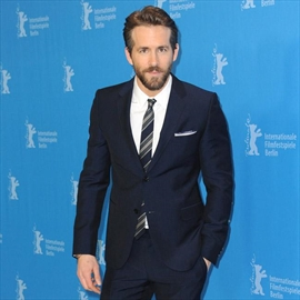 Ryan Reynolds crowned Sexiest Dad Alive-Image1