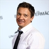 Jeremy Renner reaches divorce settlement-Image1