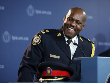 New Toronto Police Chief Mike Saunders a former Milton resident