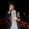 Louis Tomlinson's 'flirty relationship' with model-Image1