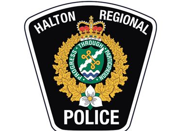 Teens and Halton cops 'building' a relationship through Habitat for Humanity
