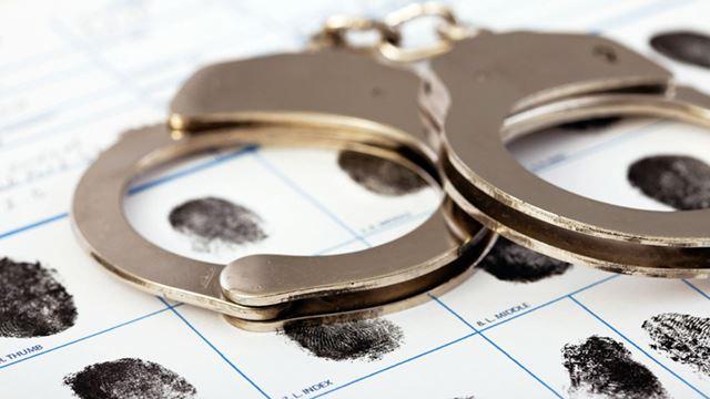 Handcuffs & Fingerprints