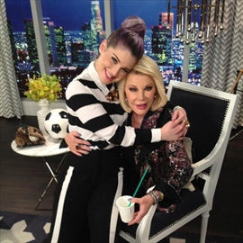 Fashion Police honours Joan Rivers with new segment -Image1