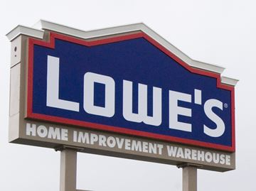 Lowe's eyes vacated space at Milton Mall