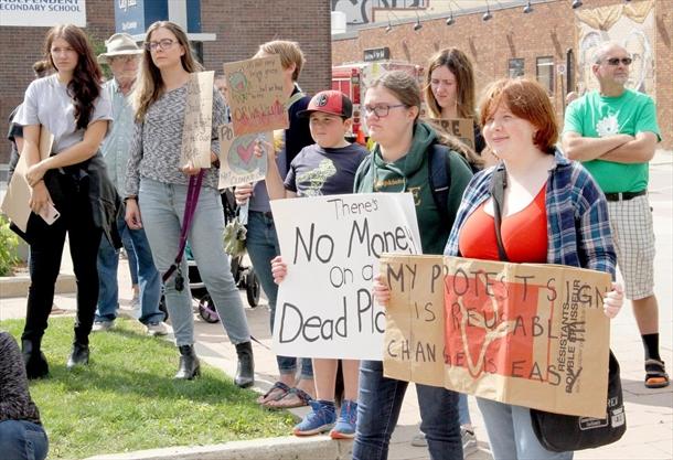 Cambridge declares climate 'crisis'