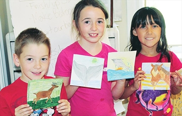 Carp art classes buzzing with activity– Image 1