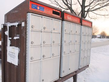 Thorold fights end of home mail delivery