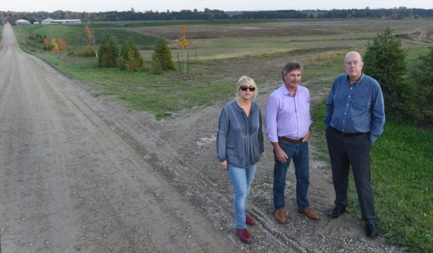 residents oppose changing rules for gravel pit