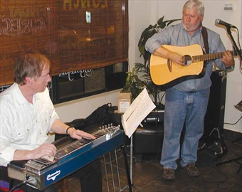 Pedal steel guitar at Friday music evening– Image 1