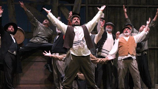 Fiddler On The Roof Warms The Heart In Guelph Thespec Com