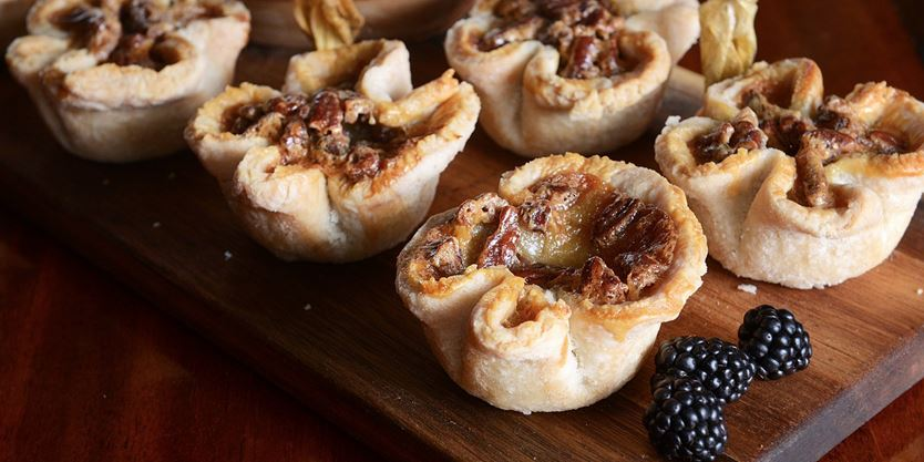 e96601ac6 Have the best time ever at Ontario's Best Butter Tart Festival with these 8  tips