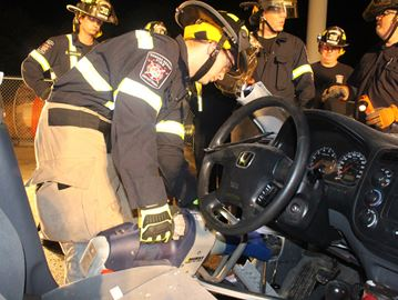 Wasaga Beach firefighters get hands-on extrication training