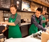 Starbucks relaxes employee dress code-Image1