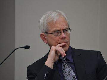 No sanctions against Collingwood Councillor Fryer