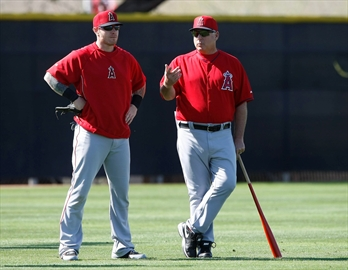 Hamilton traded back to Texas after troubled Angels stint-Image1