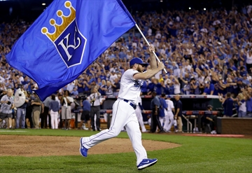 Royals beat A's 9-8 in 12 in AL wild-card thriller-Image1