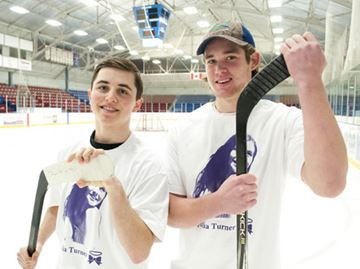 Julia Turner Hockey Night in Welland returns for year three