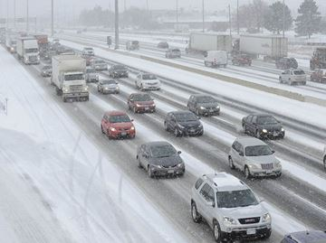 Lake effect snow snarls traffic