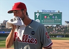 Hamels headed to Rangers