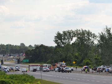 Fatal crash closes northbound Hwy 400 near Dunlop Street in Barrie