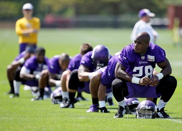 After making 'mistake,' Vikings bench RB Peterson-Image1