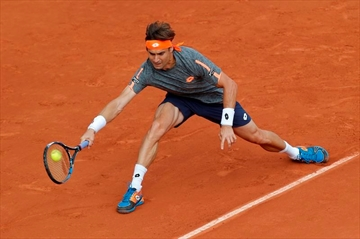After 'long' coach's speech, Williams gets by at French Open-Image12