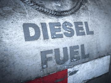 DIESEL SPILL PROMPTS ENVIRONMENTAL CONCERNS