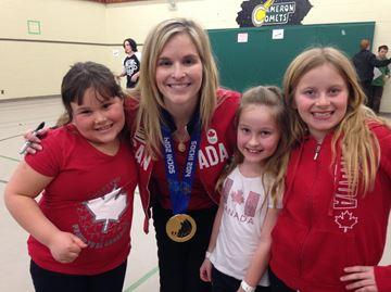 Gold medalist Jennifer Jones visits Collingwood school