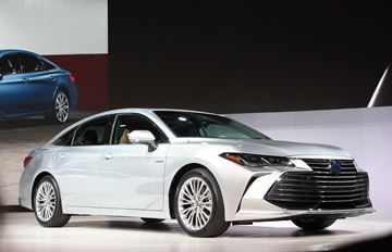 The fifth generation, 2019 Avalon is totally new from the ground up and is now stylish, attractive and very sophisticated.